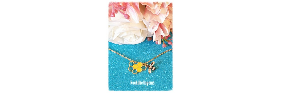 Gold plated honeycomb Bee pendant necklace
